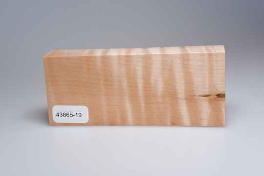 Curly Maple 122 x 23 x 50 mm, 43865-19