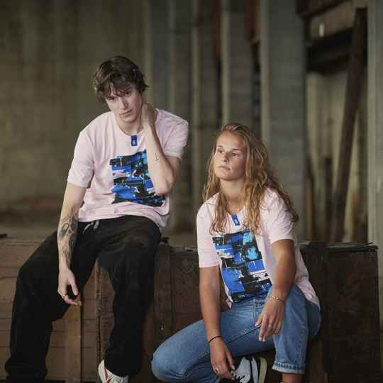 T-shirt - Pink Ham May by Ommes - UNISEX