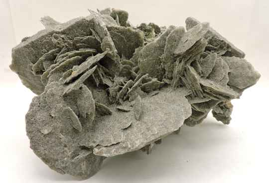 Gypsum from Spain - large cabinet size