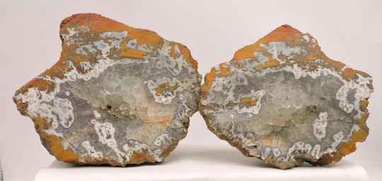 Agate pair, unpolished, from the Czech Republic - large cabinet size