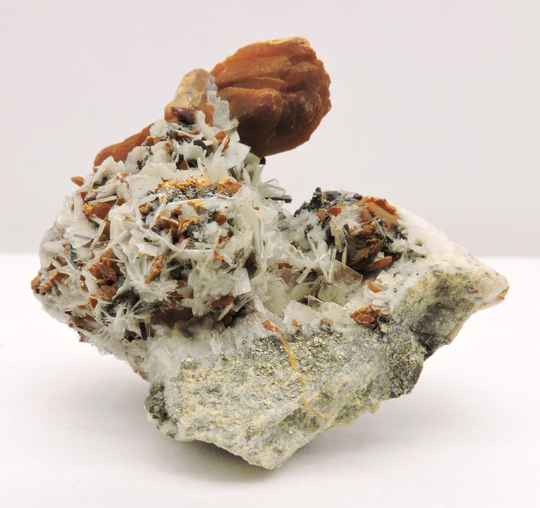 Orpiment and baryte from Peru - miniature
