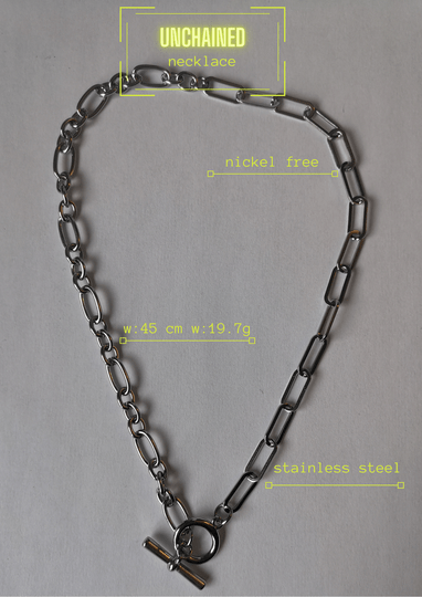 UNCHAINED necklace