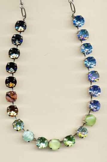 Africa / Forget Me Not Necklace N-3474-1329-RG