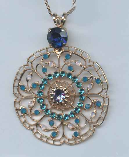 Nature / Peacock Necklace N-5210-2139-RG