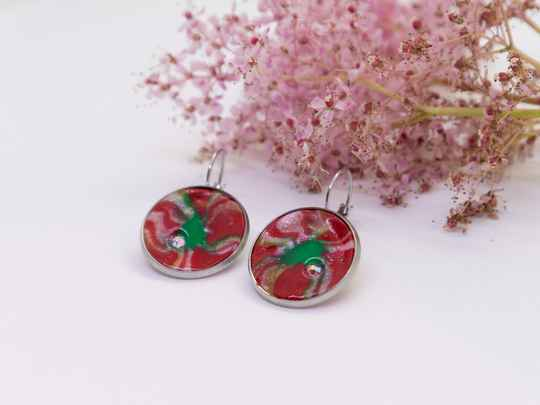 Oorbellen rood/groen met swarovski kristal - Earrings in red/green with swarovski crystal