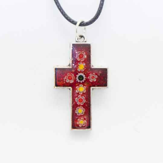 Kruisje met rode millefiori - Cross pendant with red millefiori