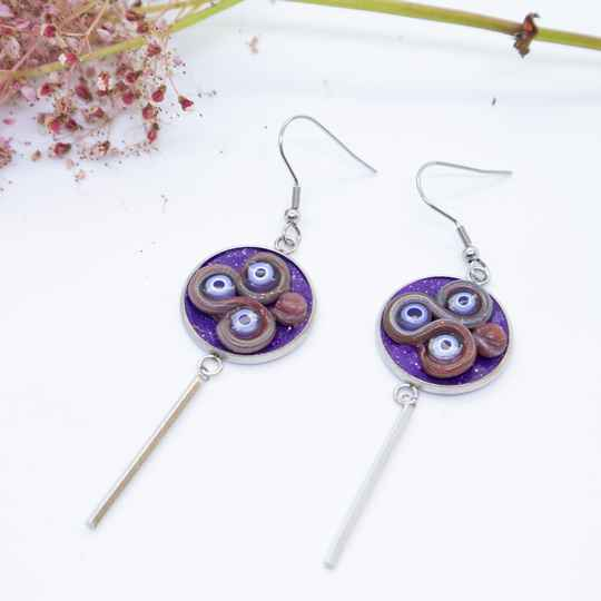 Oorbellen paars / Purple dangle and drop earrings