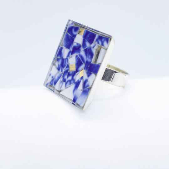 Verzilverde ring blauw/wit (groot) - Silver plated ring in blue and white (large)
