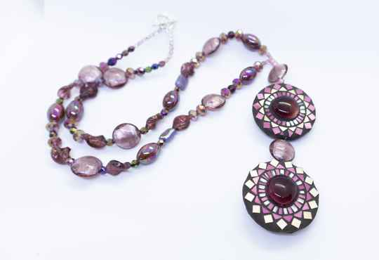 Halsketting paars en goud kleuren - Necklace in purple and gold colors