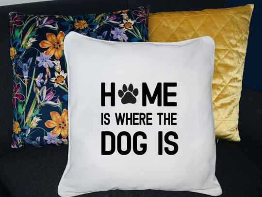 Kussen - Home is where the dog is