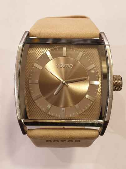 OOZOO Timepieces 40x44mm