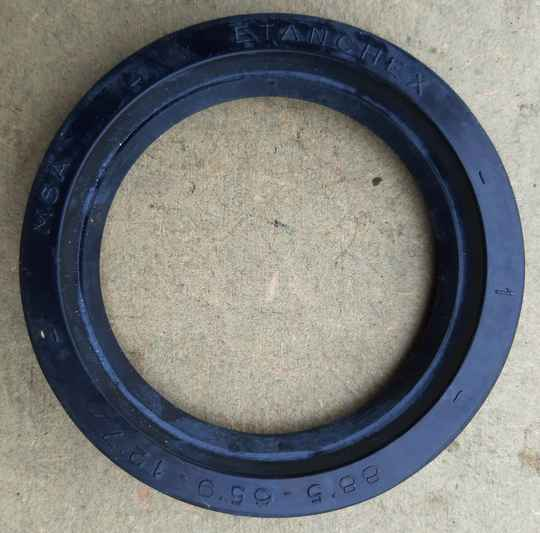 G085/G506/G508 Oil Seal, drive pinion outer bearing