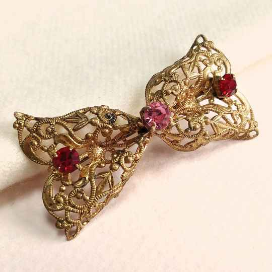 Strik strass broche 30s