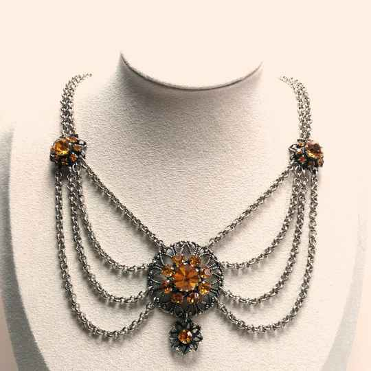 Victorian revival ketting 70s