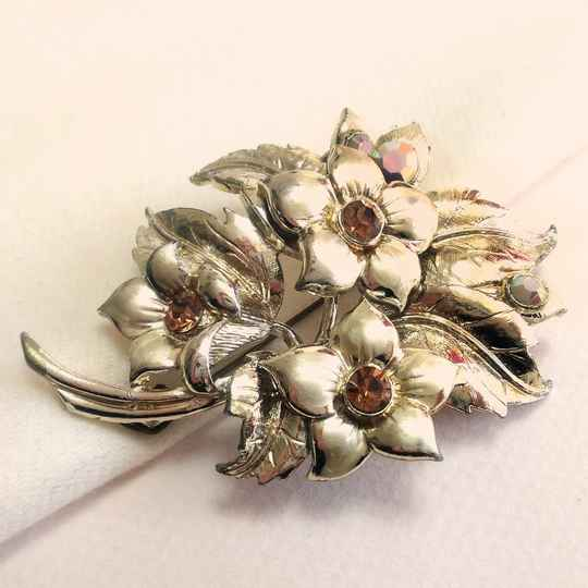 Hollywood bloemen broche 50s