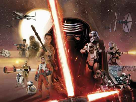 Fotobehang Star Wars EP7 Collage - 368 x 254 cm