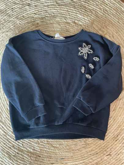 Zara sweater maat 116