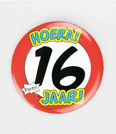 XL Button 16 jaar