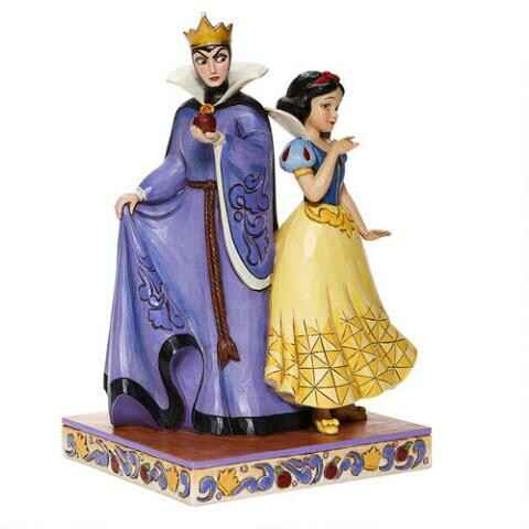 Snow White And Evil Queen