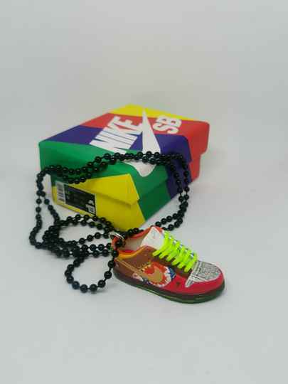 """Nike SB dunk low """"What The Dunk"""" necklace"""
