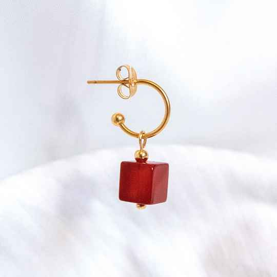 Oorbel Cube Warm Red (ONE PIECE)