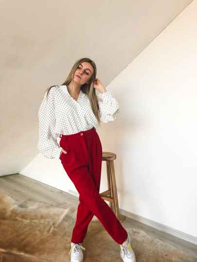 Classy red trousers