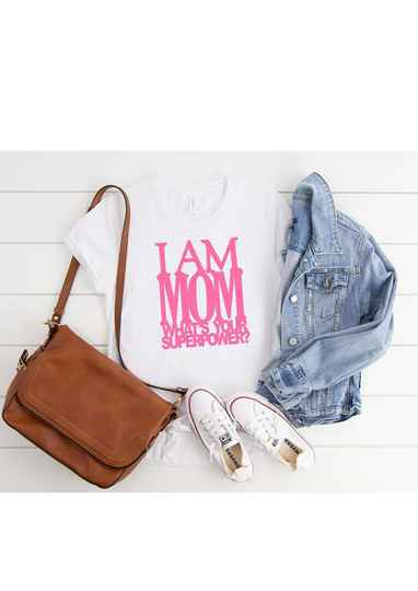 T Shirt I am Mom