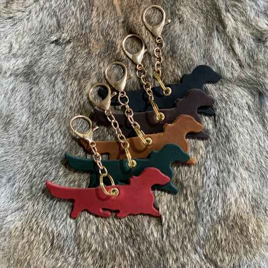 Leather Dachshund Pendant - Long-haired