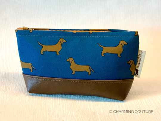 Toiletry Bag - Short haired dachshunds