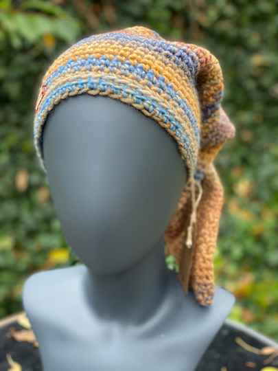 Pointed Beanie - Summer pastels