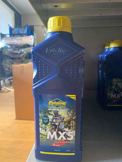 MX5 motorcycle oil 2takt