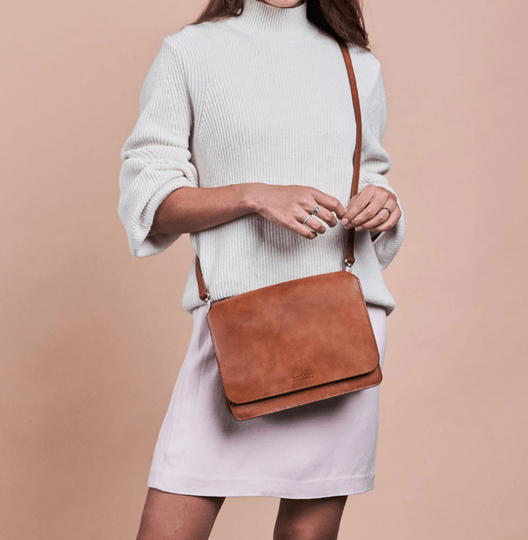audrey bag cognac