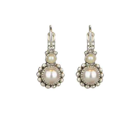 Pearly white dormeuses | Camps & Camps earring
