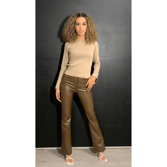 Leather Flaired - Brown (207)