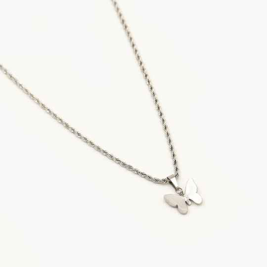Necklace small twisted butterfly | zilver