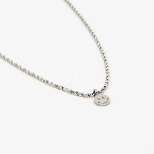 Small twisted necklace smiley | zilver