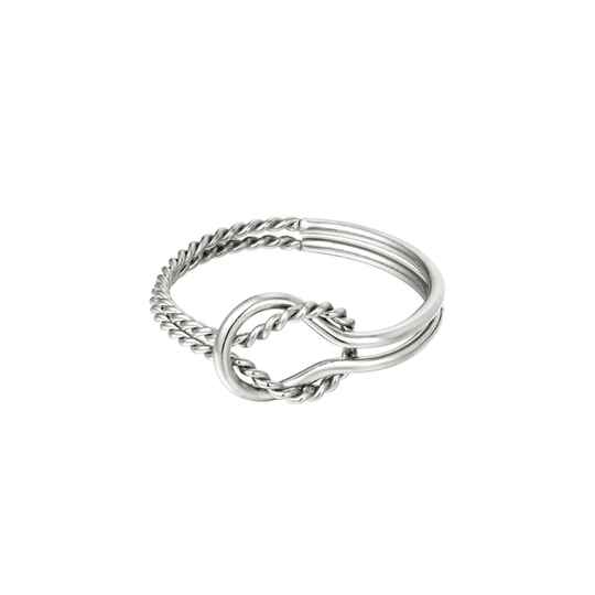 Ring knot different   zilver