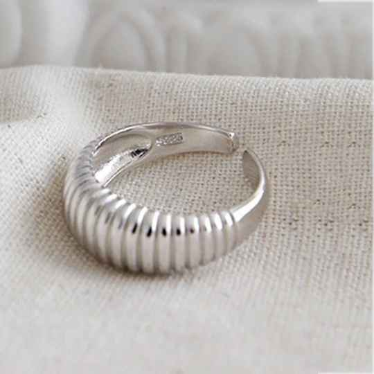 Ring striped | zilver