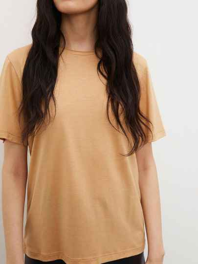 BY MALENE BIRGER AMATTA T-SHIRT TAN