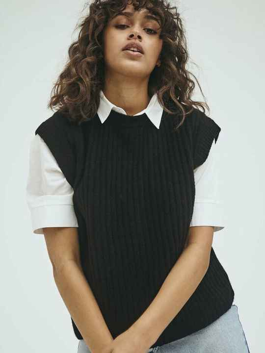 NORR NORDBY O-NECK WAISTCOAT BLACK