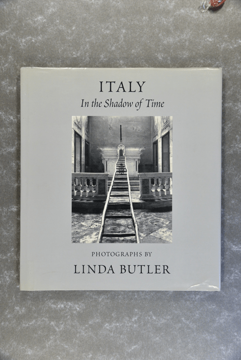 Butler,  Linda  -  Italy: In the Shadow of Time