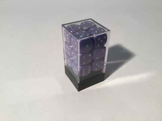 Gaming Dice • Dobbelsteentjes • box 36 st • 12mm • Violet Speckled