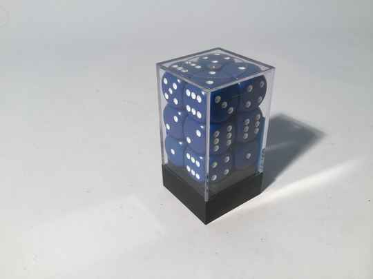 Gaming Dice • Dobbelsteentjes • box 12 st • 16mm • blue/white