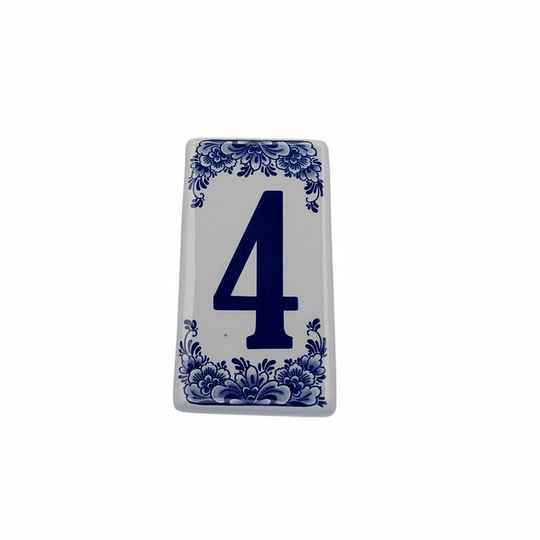 House number sign 4