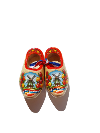 Wooden shoes 6 cm varnished