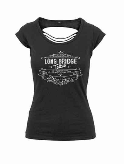 Dames t-shirt open rug logo Long Bridge Tattoo