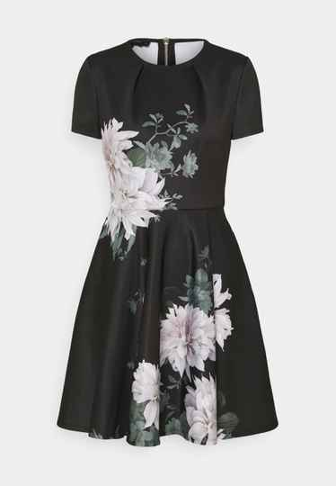 Kleed - TED BAKER