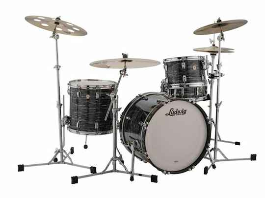 """Ludwig Classic Maple 22""""  Fab Vintage Black Oyster"""