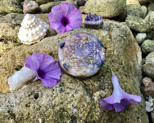 Infinity Amethyst Goddess Flower Of Life Sacred Geometry Orgonite® Orgone Charging Plate For Wisdom, Activation & Protection