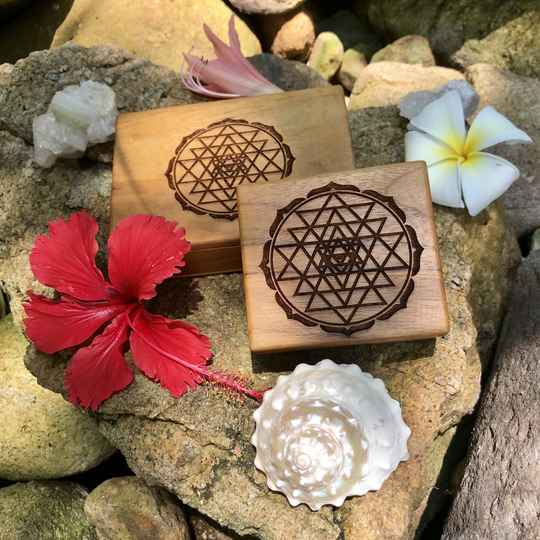 Sri Yantra Sacred Geometry Handcrafted Teak Wood Herb - Supplement - Jewellery - Box For Wealth, Prosperity & Divine Union